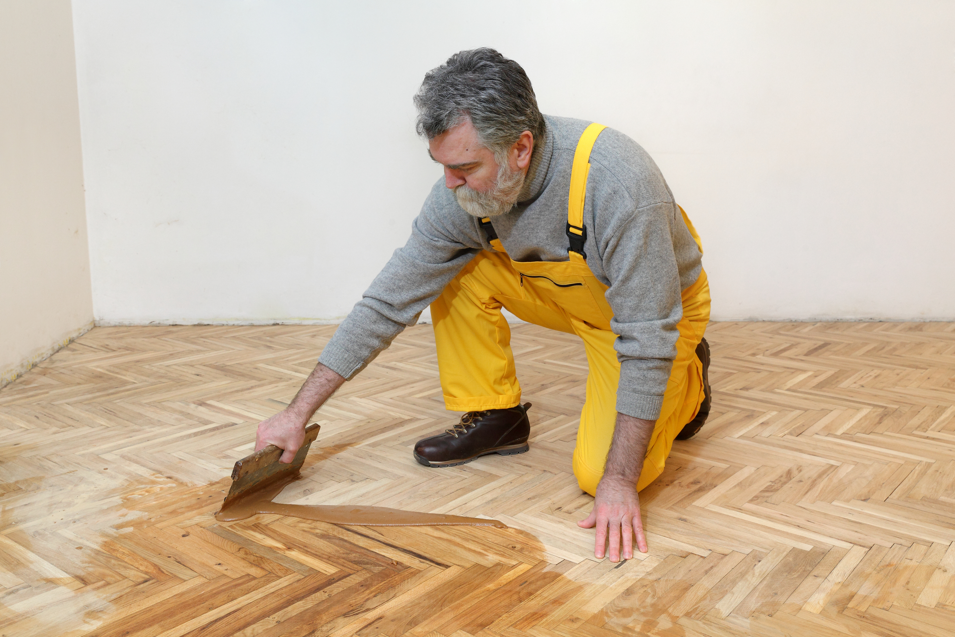 How to varnish parquet 20